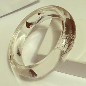 Jewelry - Jellyfish clear plastic lucite bracelet shiny new